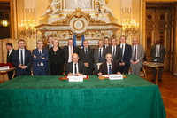 Signature Centre de crise - Photo officielle